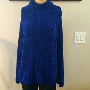 Basic Editions size Large turtleneck sweater